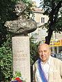 Мадатов Валериан Григорьевич памятник.jpg